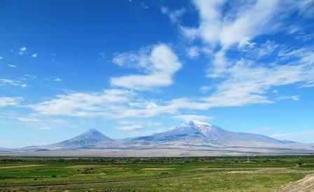 Il monte Ararat visto dall'Armenia. Foto di Nadia Pasqual